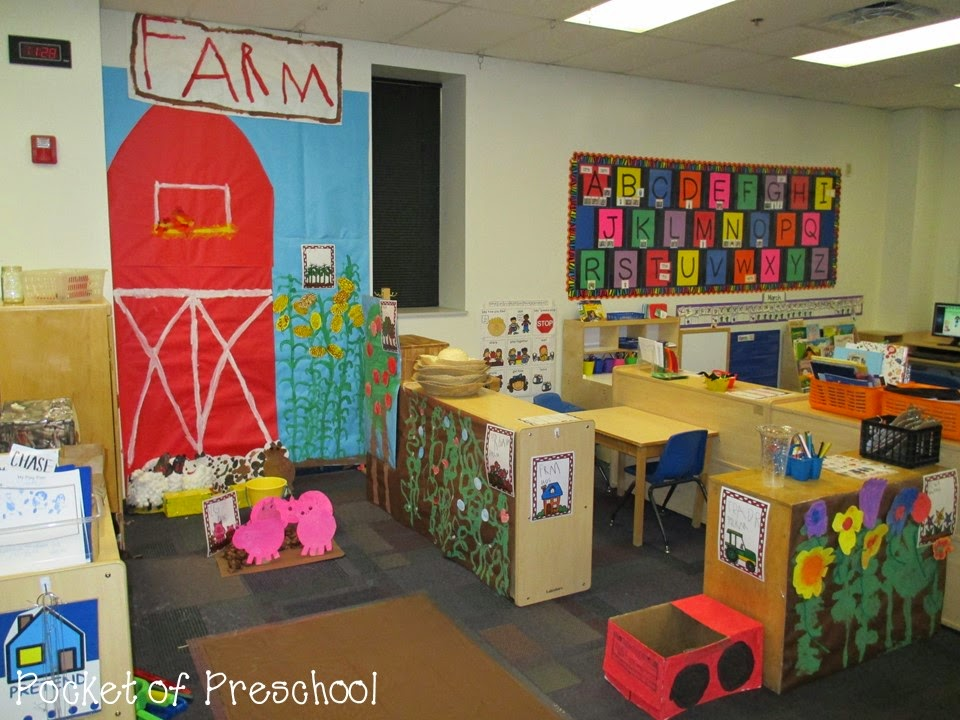 Tips, tricks, and ideas to change your dramatic play center into a FARM! Perfect for preschool, pre-k, and kindergarten classrooms.