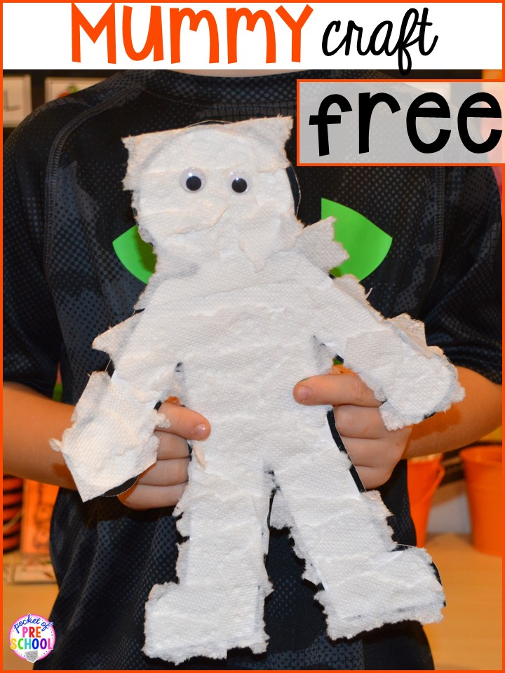 FREE mummy craft printable! Plus my favorite Halloween activities and centers for preschool, pre-k, and kindergarten (art, math, writing, letters, blocks, STEM, sensory, fine motor). FREE witches brew counting recipe cards too!