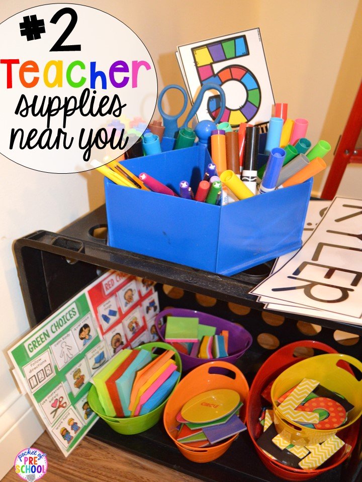 Teacher circle time supply hack plus 14 more classroom organization hacks to make teaching easier that every preschool, pre-k, kindergarten, and elementary teacher should know. FREE theme box labels too!