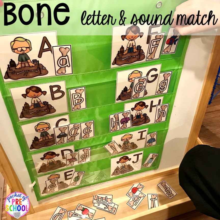 Dinosaur letter & sound match plus tons of dinosaur themed activities & centers your preschool, pre-k, and kindergarten students will love! #preschool #pocketofpreschool #dinosaurtheme