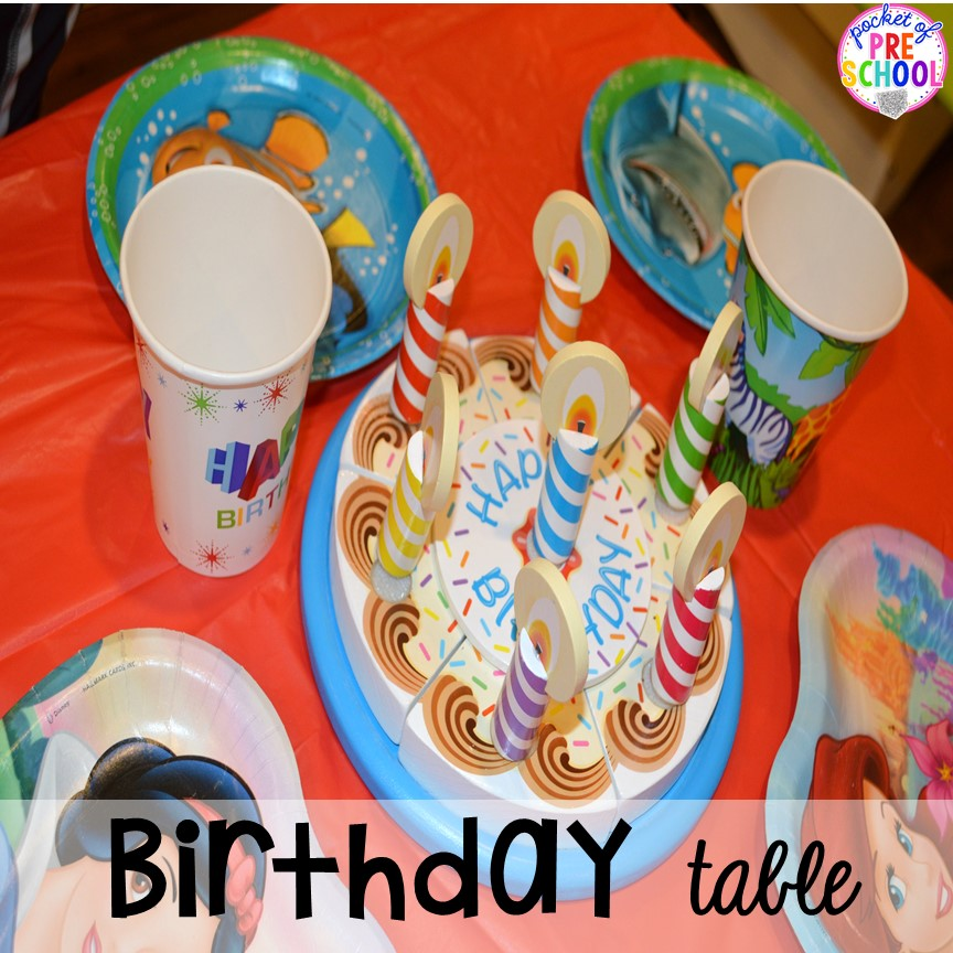 Birthday table set up for a Birthday Party in dramatic play. Perfect for a preschool & pre-k classroom. #dramaticplay #preschool #pre-k #birthdaytheme