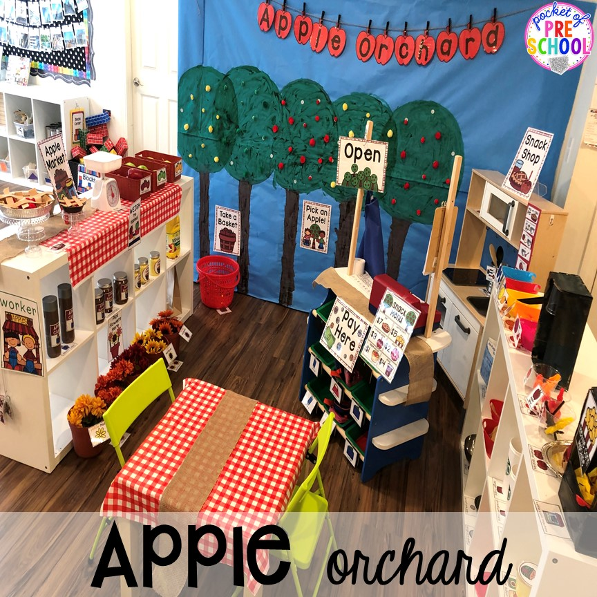 Apple Orchard Dramatic Play - How to change pretend into an Apple Orchard. Lot of DIY tips. #appleorchard #dramaticplay #pretendplay #preshool #prek #fall