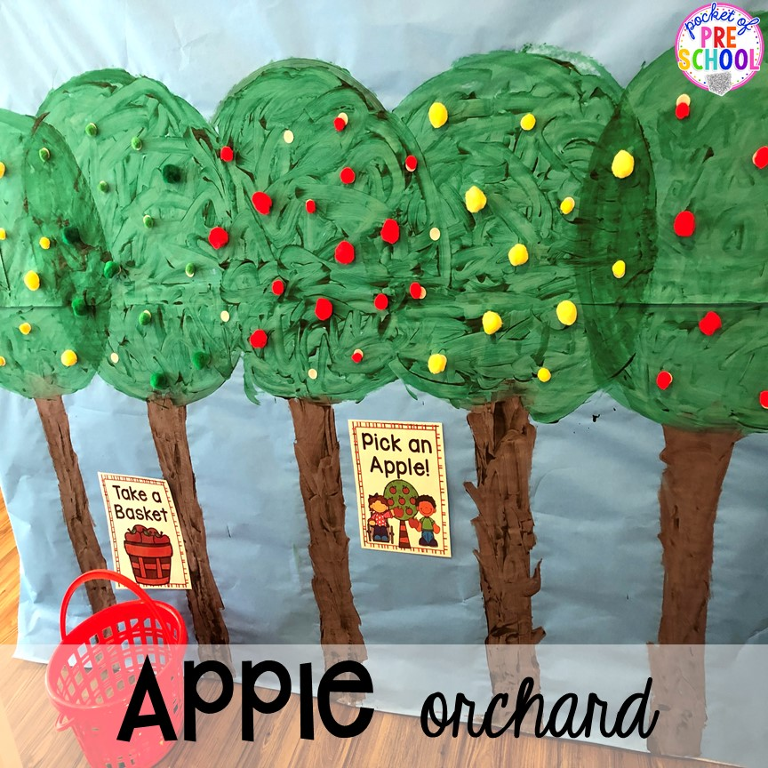 DIY Apple Orchard - How to change pretend into an Apple Orchard for preschool, pre-k, and kindergarten. #appleorchard #dramaticplay #pretendplay #preshool #prek #fall