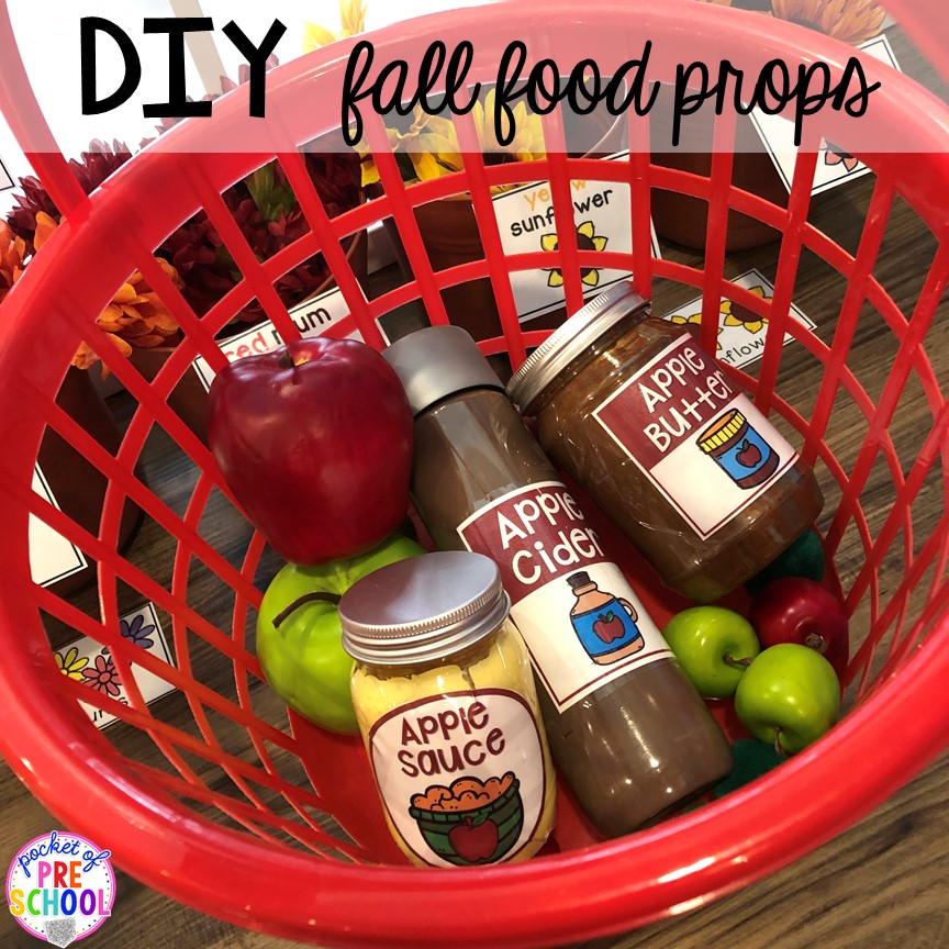 DIY Apple Food Props - How to change pretend into an Apple Orchard for preschool, pre-k, and kindergarten. #appleorchard #dramaticplay #pretendplay #preshool #prek #fall