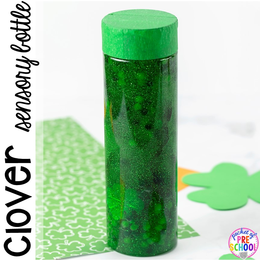 Clover sensory botttle! St. Patrick's Day sensory bottles (gold coins, clovers, and rainbow letters) to help students calm down, observe (science), and learn letters. #preschool #prek #toddler #sensorybottles