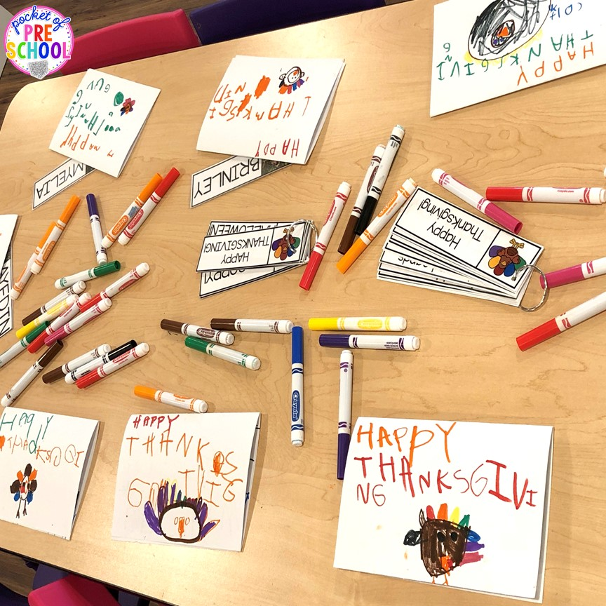 Kid made Thanksgiving cards and FREE word cards! Perfect for perschool, pre-k, and kindergarten.