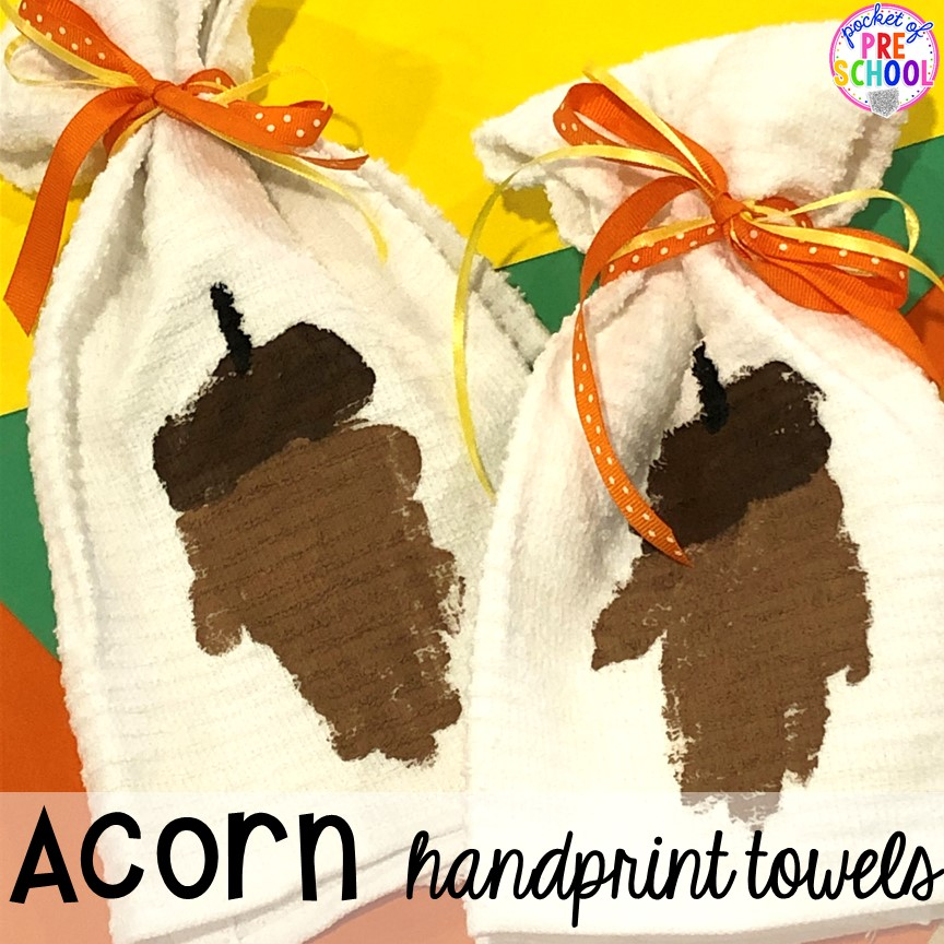 Tips to make fall handprint towels for Thanksgiving parent gifts and kid made Thanksgiving cards for the holidays. Perfect for perschool, pre-k, and kindergarten.