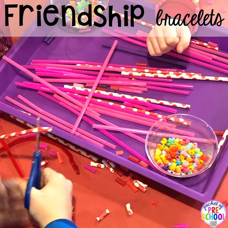 Frienship bracelets! Valentine's Day party ideas and hacks - freebie plus quick, easy, and dollar store finds! for preschool, pre-k, or lower elementary. #valentinesdayparty #preschool #prek #kindergarten #schoolparty