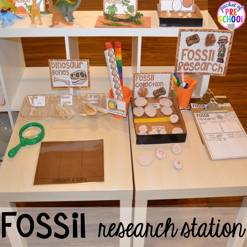 Fossil research station! ow to make a Dinosaur Dig Site in dramatic play and embed tons of math, literacy, and STEM into their play. Perfect for preschool, pre-k, and kindergarten. #preschool #prek #dinosaurtheme #dinodig #dramaticplay