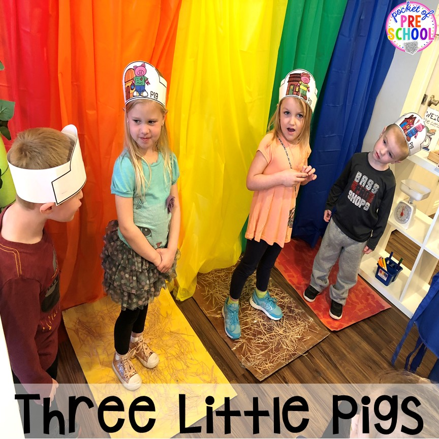 Act out the Three Little Pigs at the pretend theater in the dramatic play center! a fun way to retell a book through play. #dramaticplay #pretendplay #preschool #prek #kindergarten