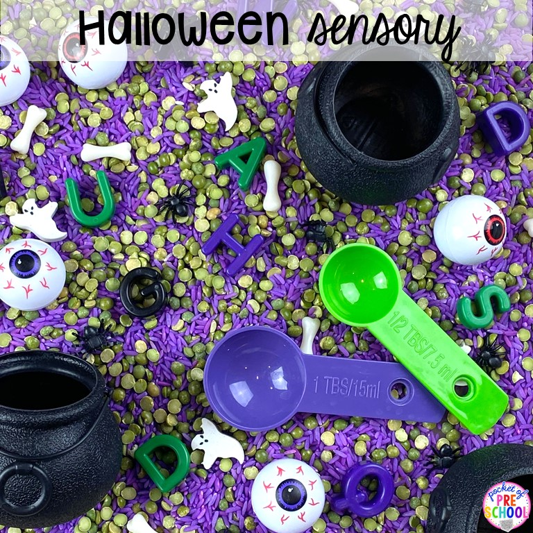 Halloween sesnory table plus more sensory tables for every holiday with various sensory fillers and sensory tools that incorperate math, literacy, and science into play. #sensorytable #sensorybin #sensoryplay #preschool #prek