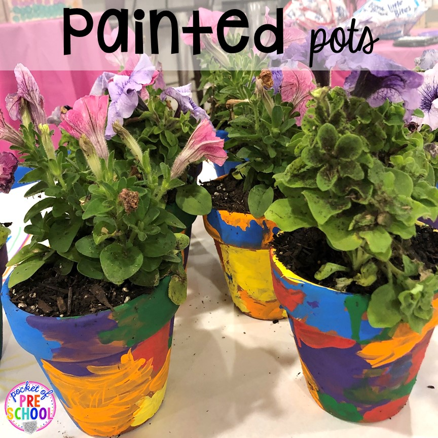 Kid made painted pot gift! Top 10 Kid made gifts for Mother's Day, Father's Day, Grandparent's Day, and Christmas. #kidmadegift #mothersdaygift #fathersdaygift