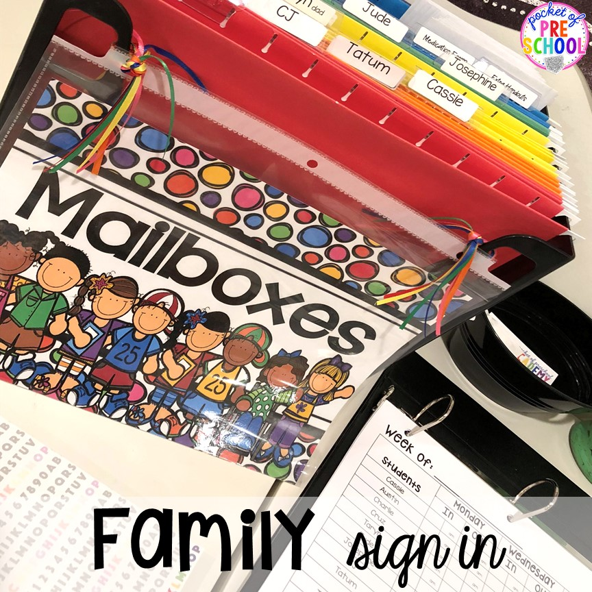 Family sign in at open house! Open house ideas, hacks, & freebies for preschool, pre-k, and kindergarten. Plus some first day of school printables too. #preschool #prek #openhouse